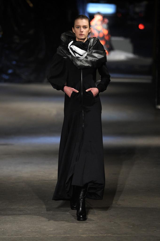 Y-3 AW13 Show Mercedes-Benz Fashion Week - Runway