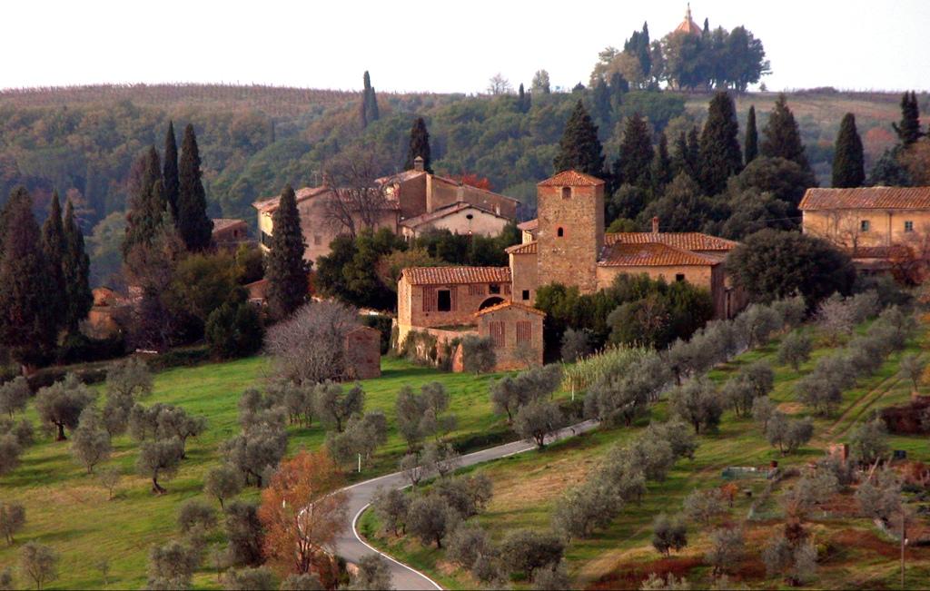Borgo Petrognano fraz del Comune di Barberino Val D'Elsa_LIB_Lorenzo Bojola