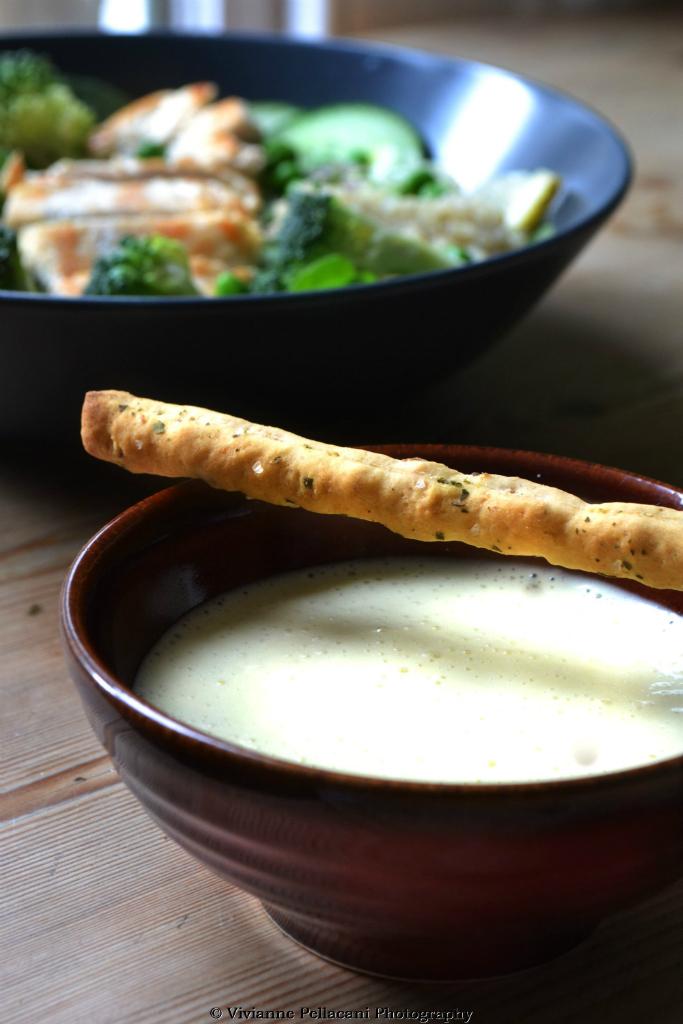 Insalata Go Green di pollo con salsa Aioli