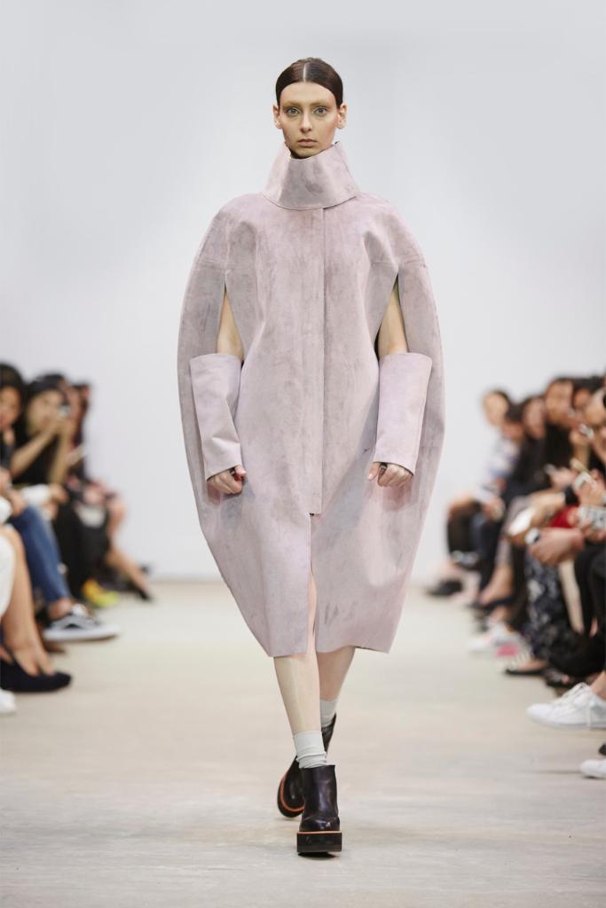 ricostru-14aw-fashionshow17