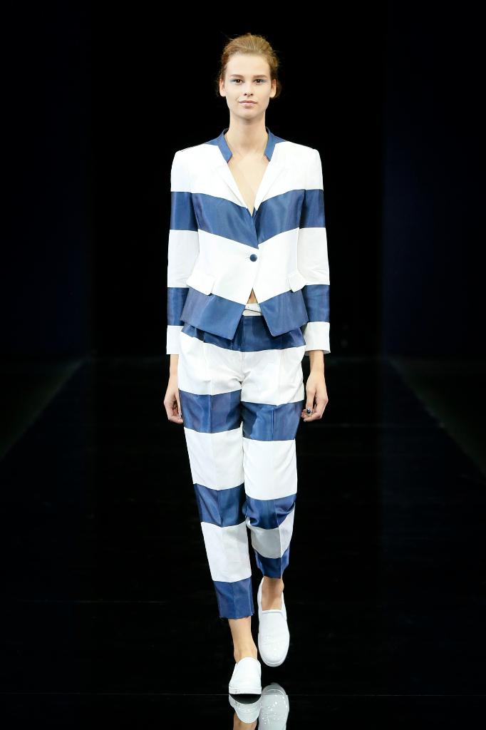 Emporio Armani Womenswear SS15 #01