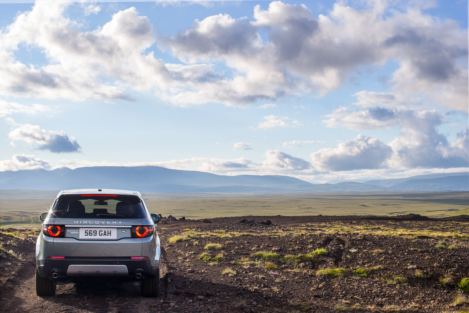 LR_Discovery_Sport_22_(93340)