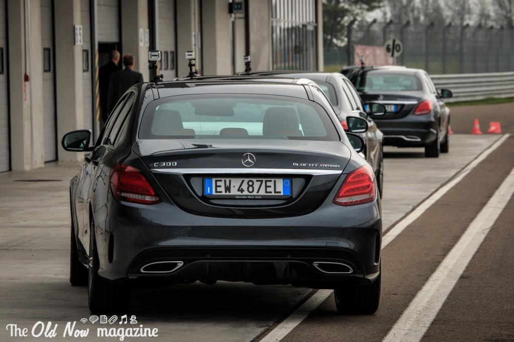 Mercedes-Benz  Hybrid (10)