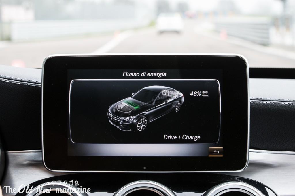 Mercedes-Benz  Hybrid (17)
