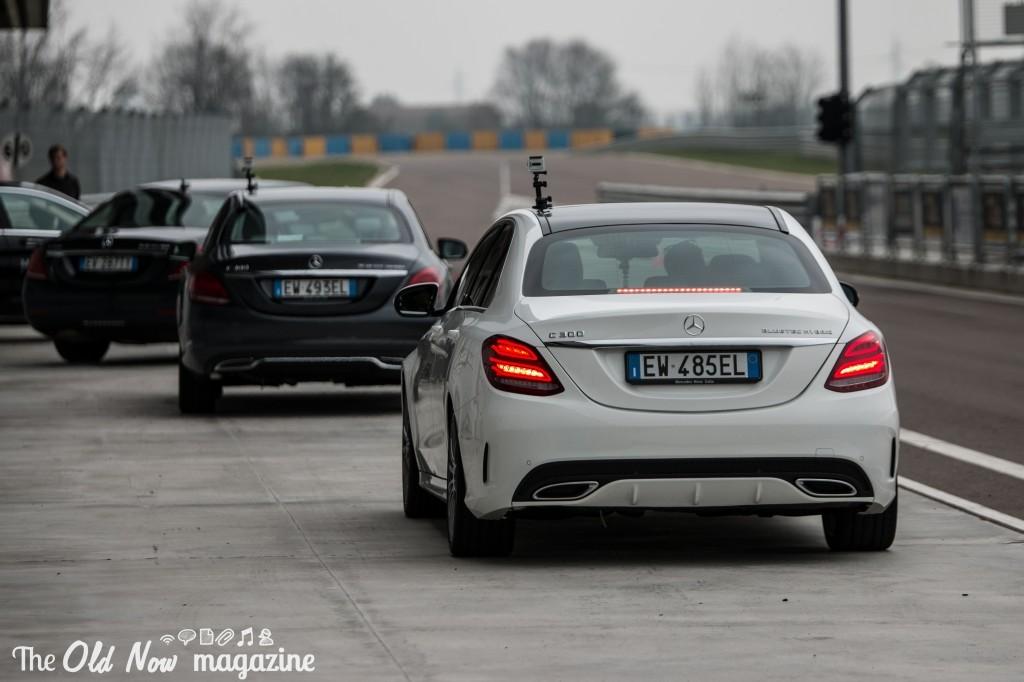 Mercedes-Benz  Hybrid (18)