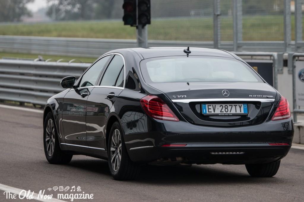 Mercedes-Benz  Hybrid (20)