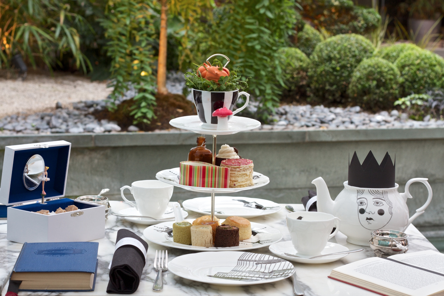 Sanderson Hotel Cappellaio Matto afternoon tea
