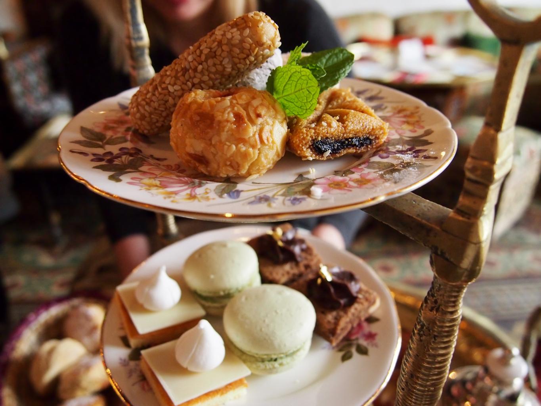 Momo afternoon tea Londra