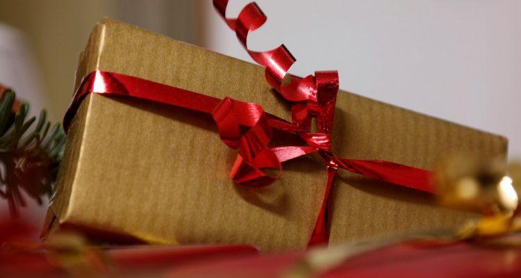 I Regali Di Natale Quando Si Aprono.Natale Le Mie 10 Regole Per Riciclare I Regali Di Natale
