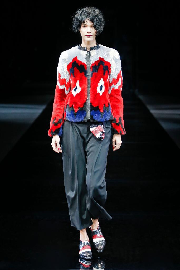 Emporio Armani Womenswear FW1516_02
