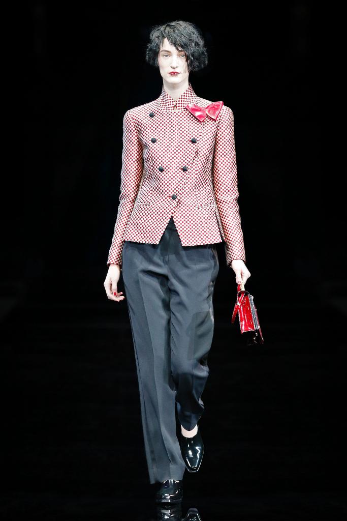 Emporio Armani Womenswear FW1516_03