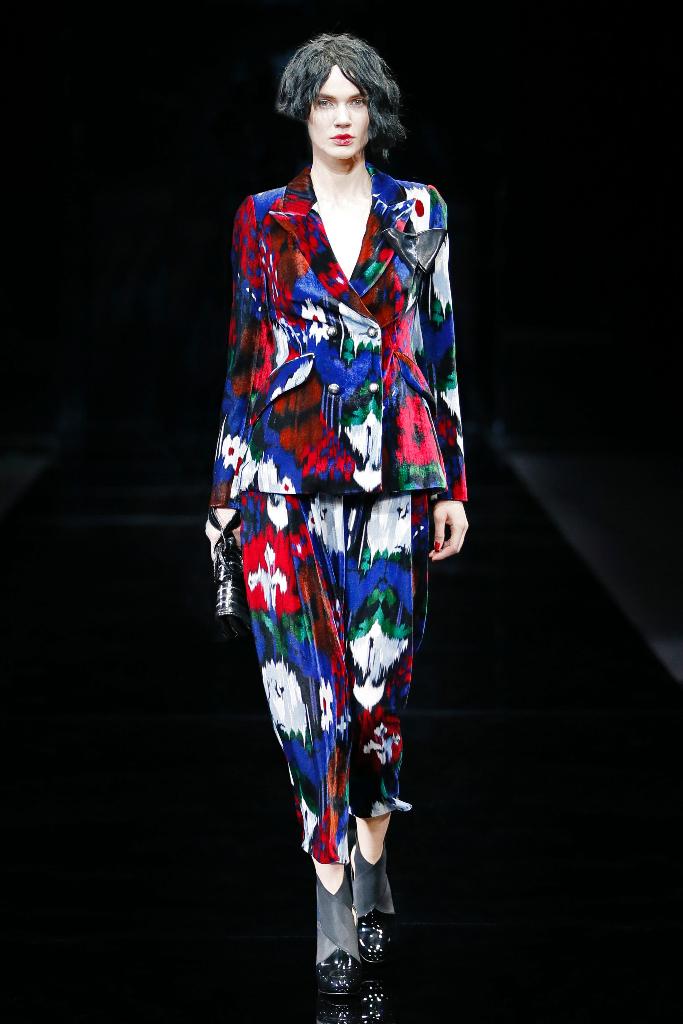 Emporio Armani Womenswear FW1516_05