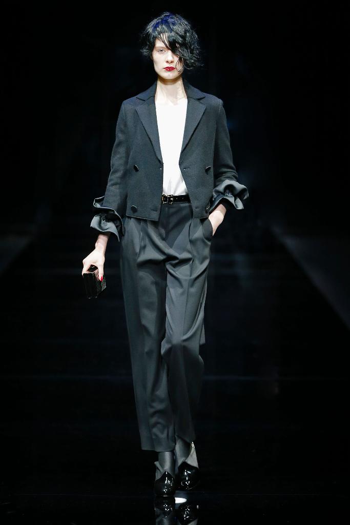 Emporio Armani Womenswear FW1516_06