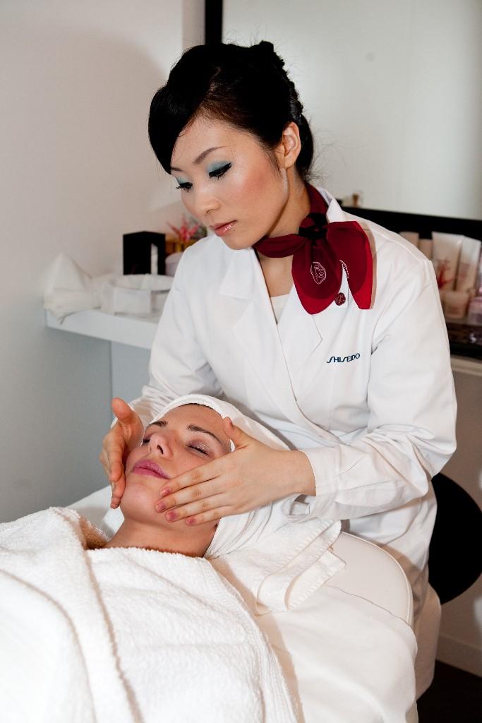 shiseido beauty therapist