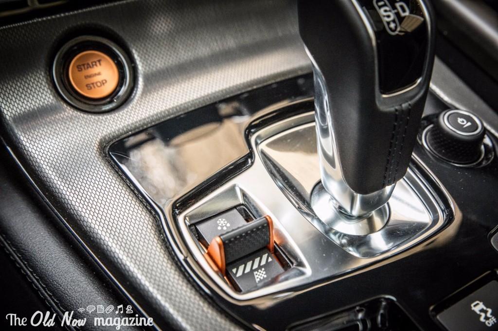 F-Type AWD 002