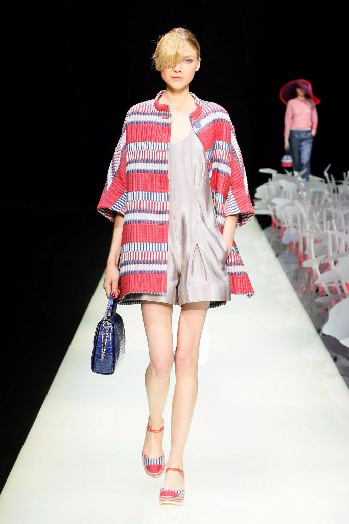 Giorgio Armani Womenswear SS16_#01