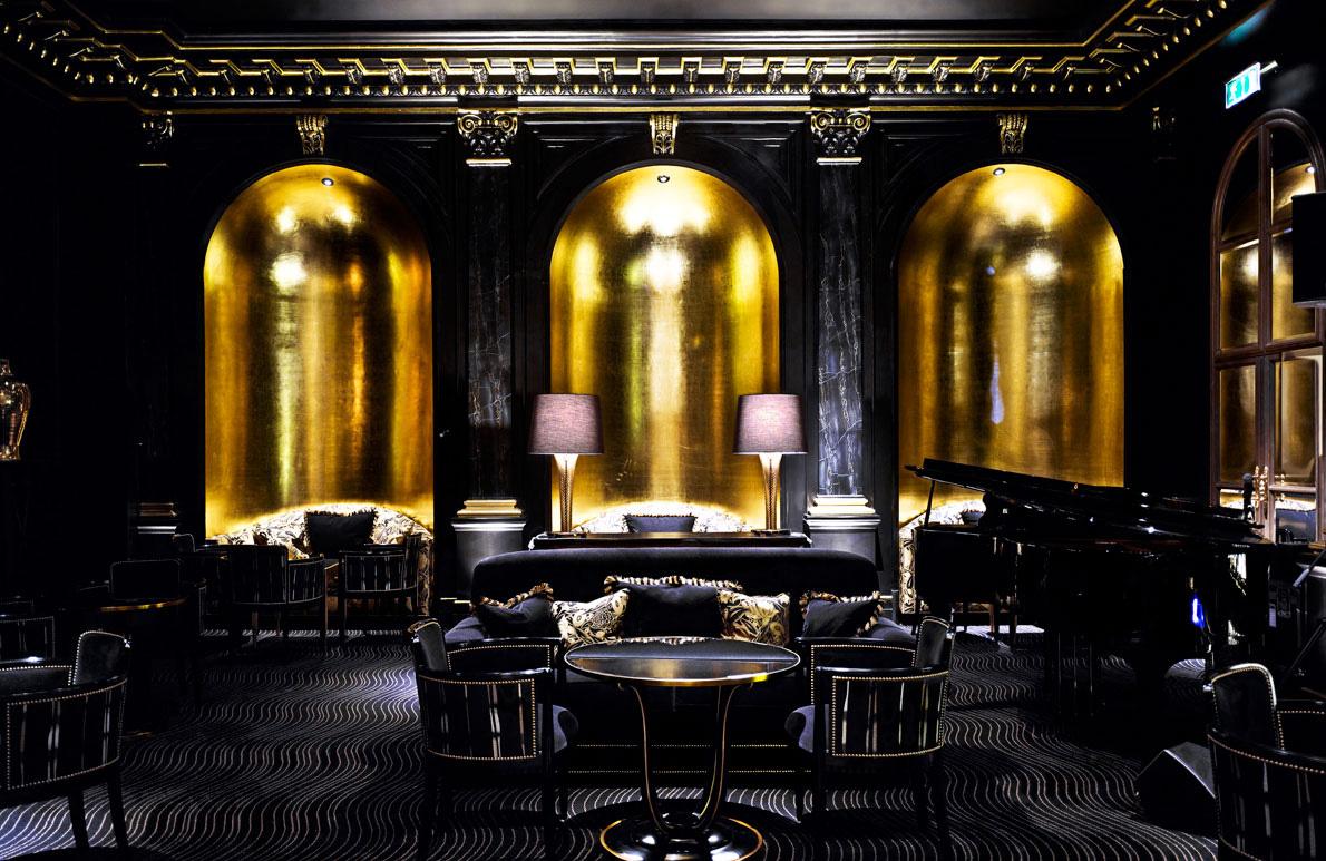 American bar Hotel Savoy Londra