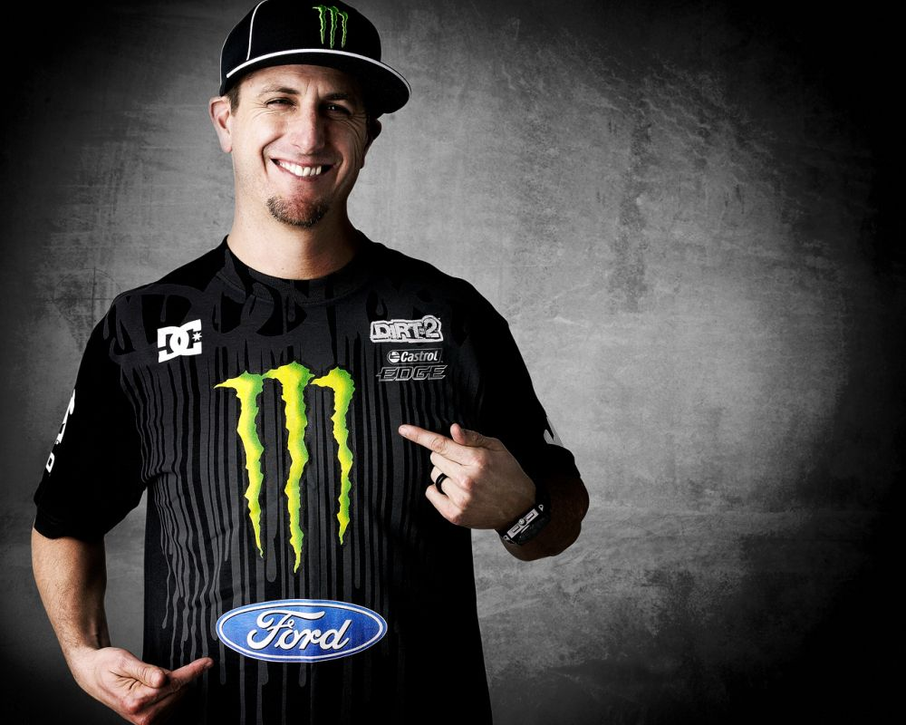 Ford teams up with Ken Block, California-based action sports icon-turned-rally driver, for future global motorsports opportunities. (01/06/2010)