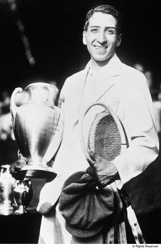 1927 - RenŽ Lacoste vincitore a Forest Hills.