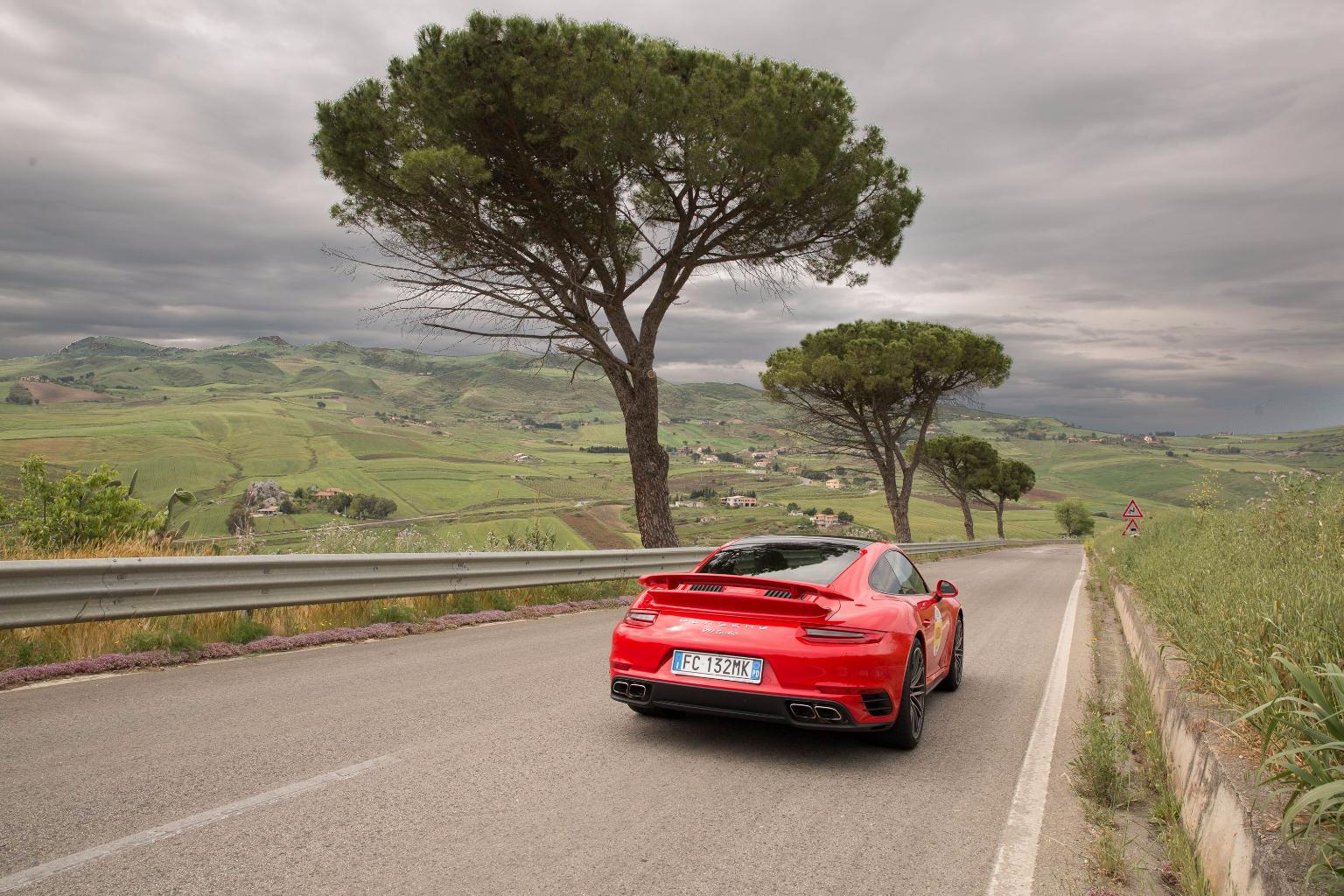 Porsche 911 (16)