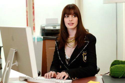 Anne-Hathaway-Il-diavolo-veste-Prada