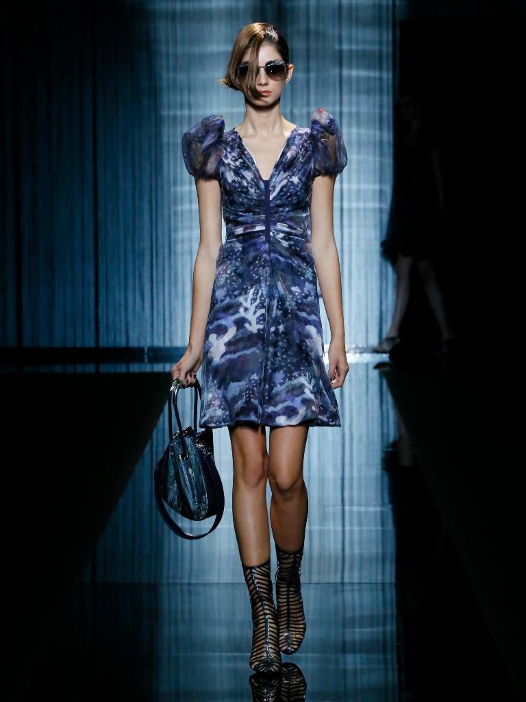 giorgio-armani-womenswear-ss17_02