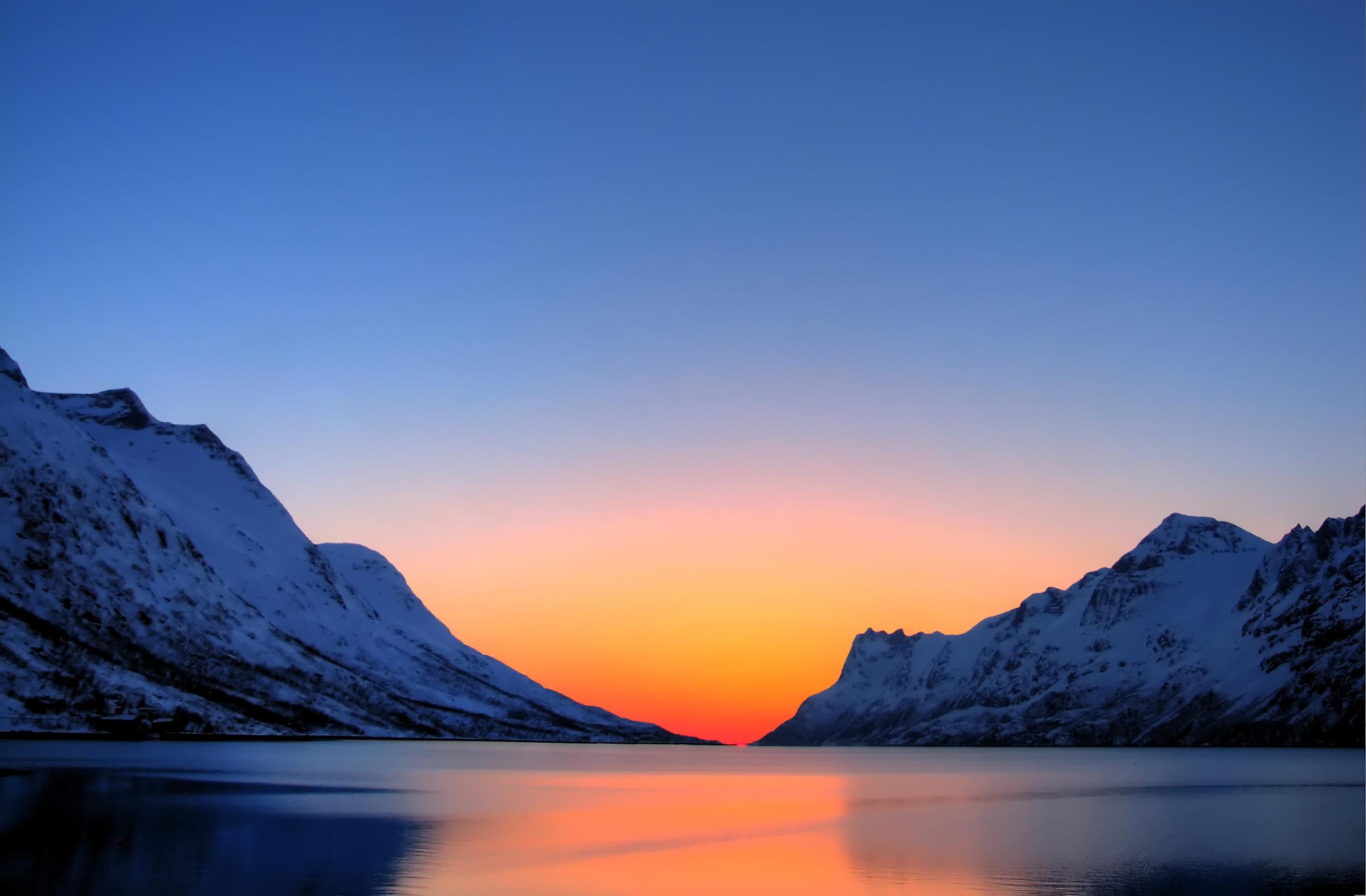 arctic_sunset