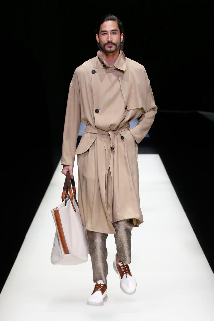Giorgio Armani Menswear SS18_05
