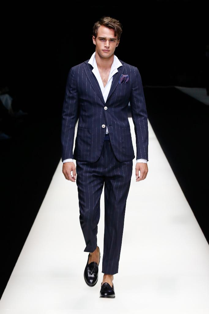 Giorgio Armani Menswear SS18_10