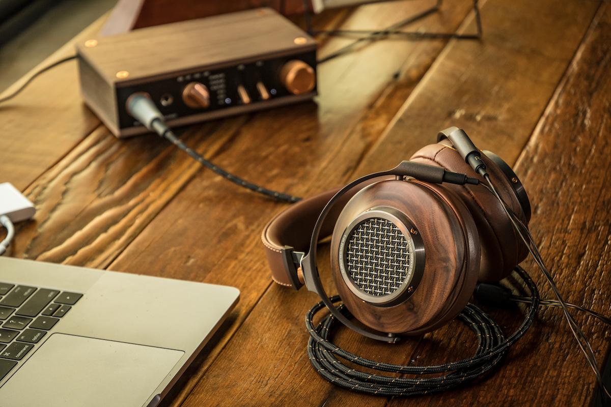 Klipsch_Heritage_Headphones_lifestyle13